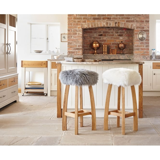 Baa Stool Gwyn Baa Bar Stool - Ivory Sheepskin