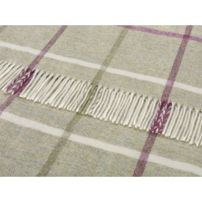 Bronte By Moon Shetland Windowpane Throw - Fern