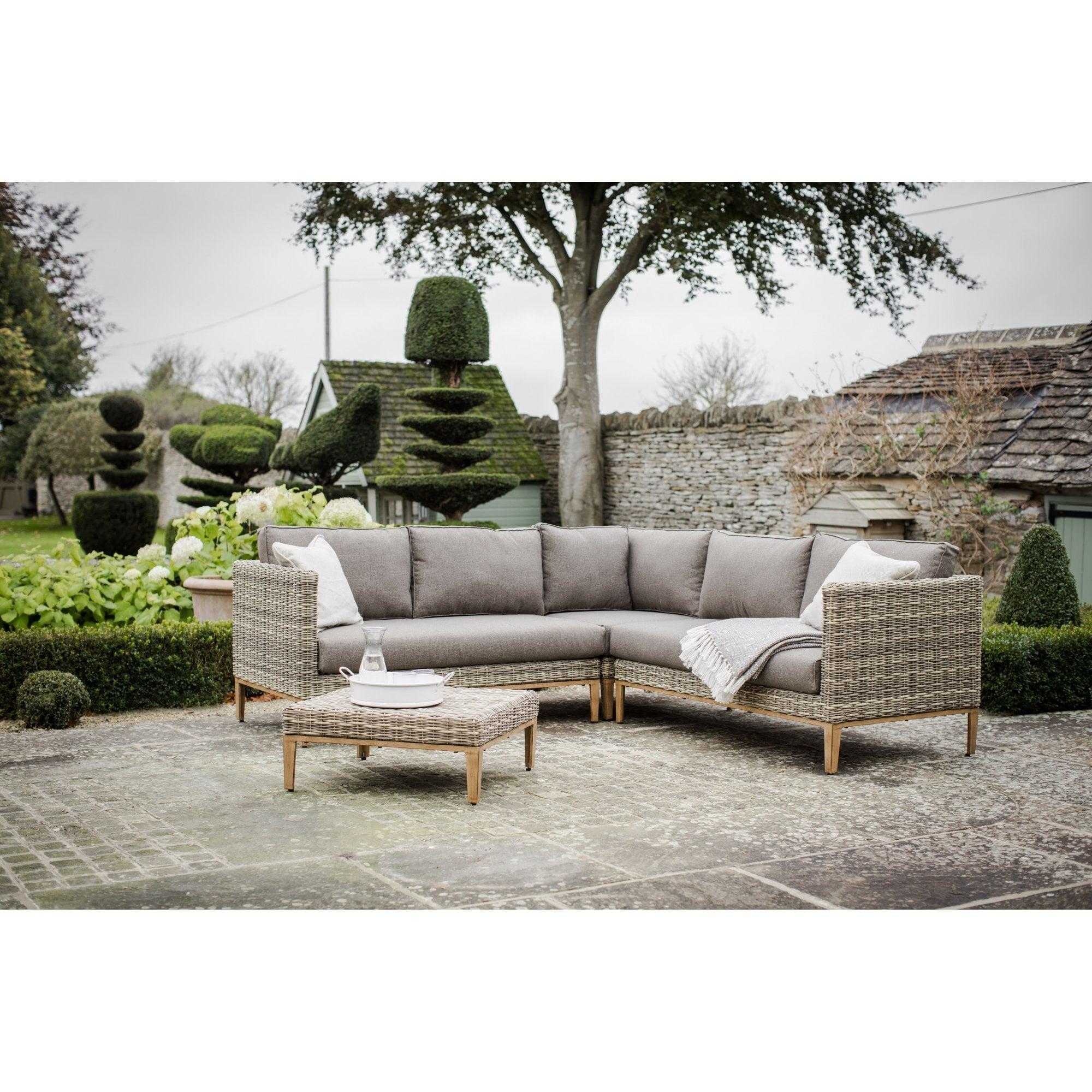 Garden Trading Walderton Corner Sofa Set - All-weather Rattan