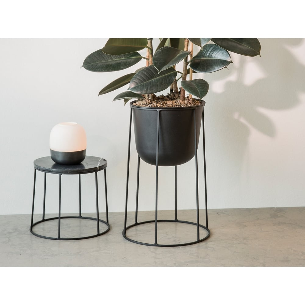 Beau Wire Series Marble Indoor/Outdoor Side Table   Small   Black