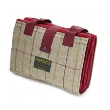 Leisure/Picnic Rug with Tweed Pocket & Waterproof Backing - Wine