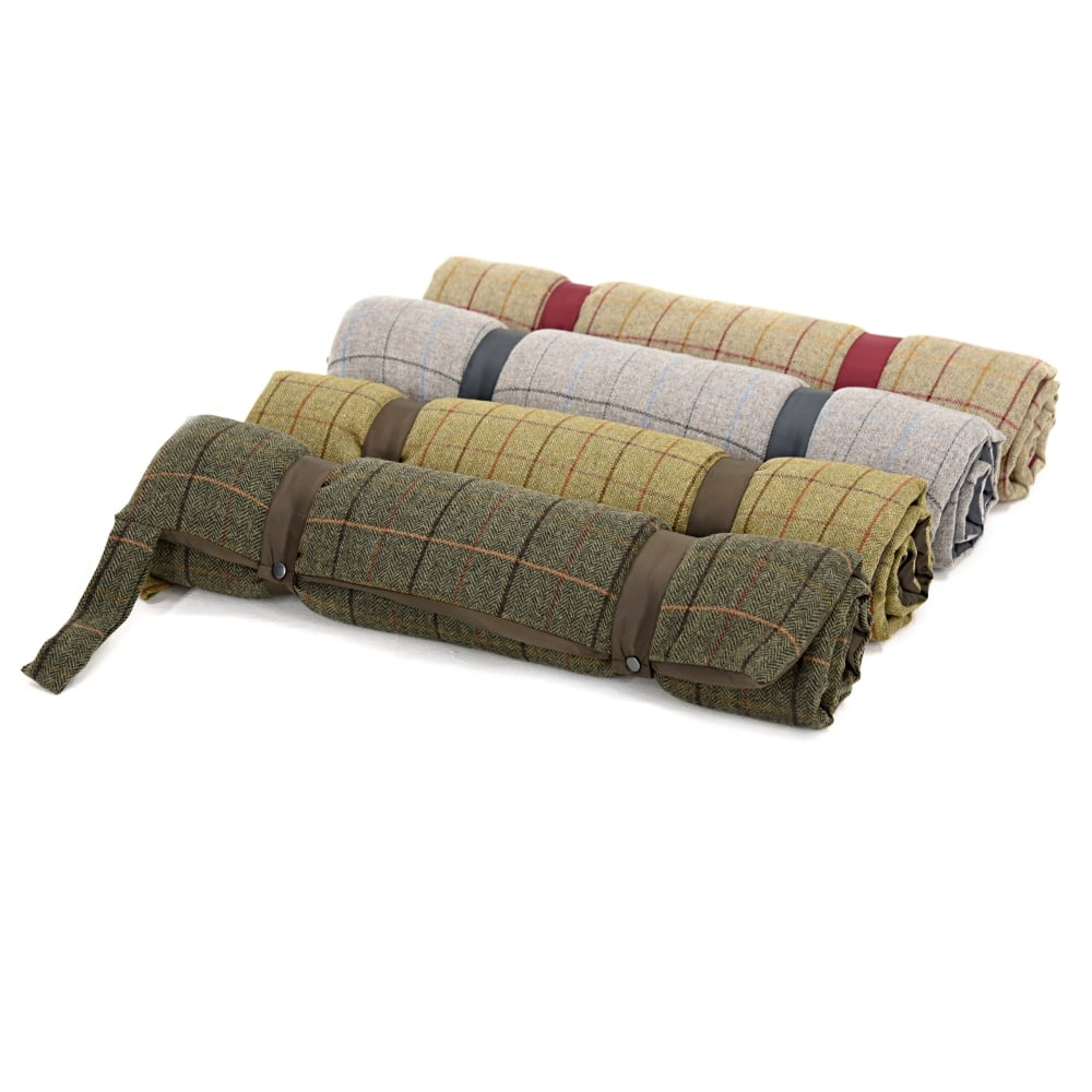 Travel Dog Bed >> Tweedmill Travel Dog Bed With Waterproof Base Tweed 12 Chocolate