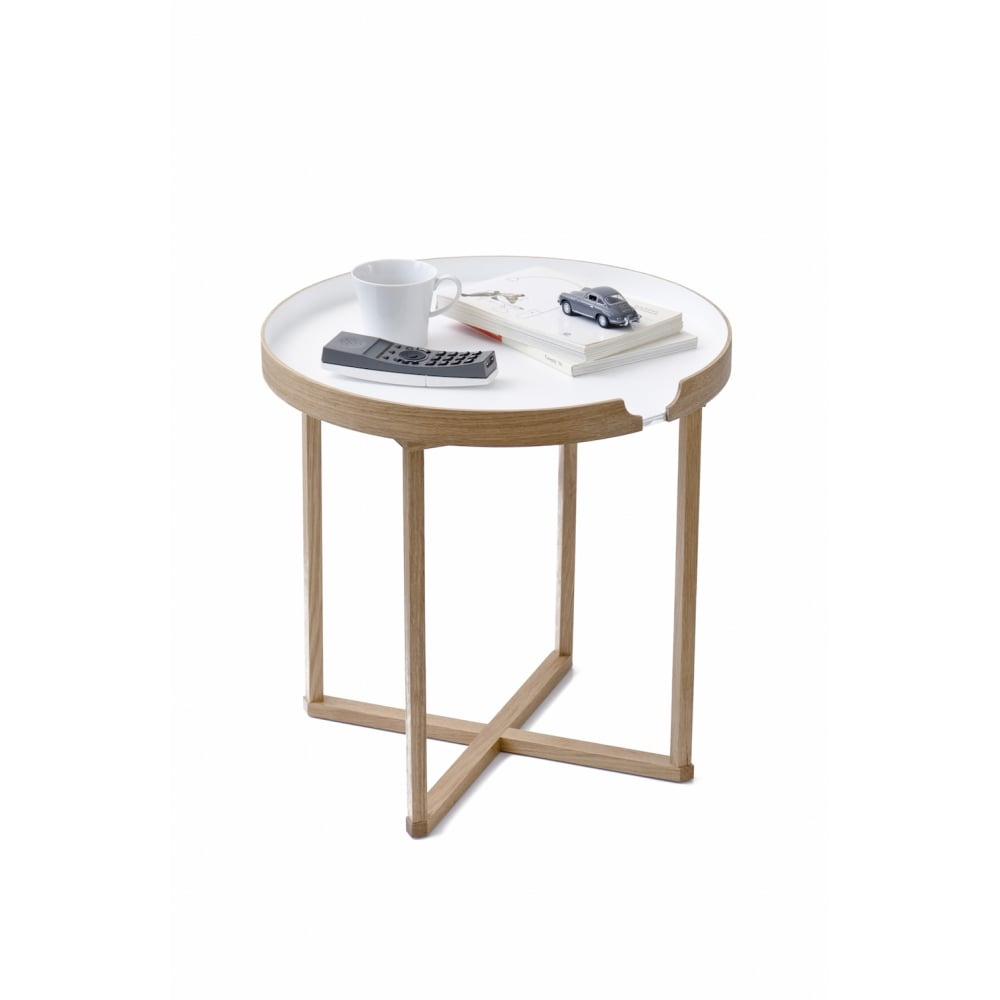 Wireworks damien side table round white black by design damien round side table white greentooth Images